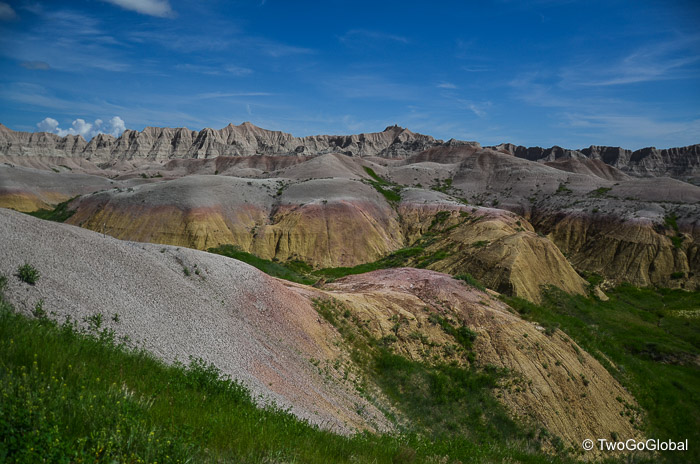 Badlands and Mt Rushmore